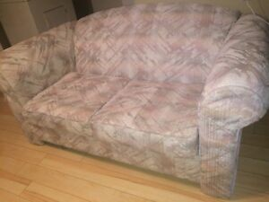 Love seat for sale $40
