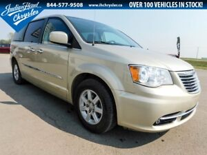 2012 Chrysler Town & Country Touring | Bluetooth | A/C