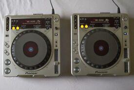 Pioneer CDJ 800 MK2 Turntable (pair)