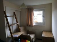 Spacious double room, furnished 6 min to central Cambridge, 55 min from London