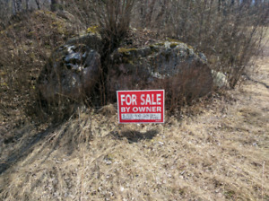 Victoria Beach area lot for sale 23 Clearwater cove