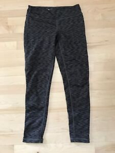 Aritzia TNA leggings size medium