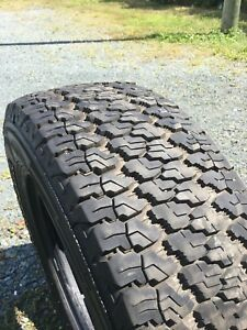 Good Year Wrangler 265/70R17
