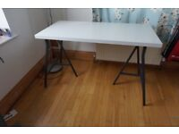 white IKEA desk 100x60 cm with grey legs (used for 10 months)