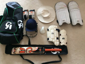 Full cricket kit with bat for kid