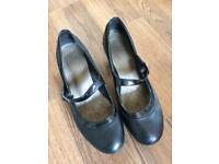 M&S Footglove black heels