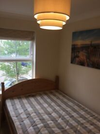 Redhouse Furnished Double Immediately Available