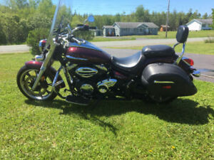 2009 Yamaha V-Star Touring 950 with just 3800 kms!