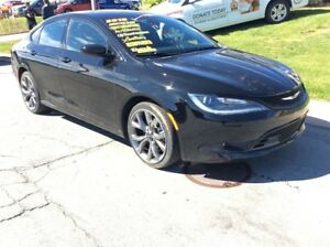2016 Chrysler 200 S/SPORTY/LEATHER/LOADED
