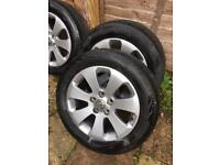 """Vauxhall insignia SRI alloys in mint condition 17"""" rims / alloy with tyres"""