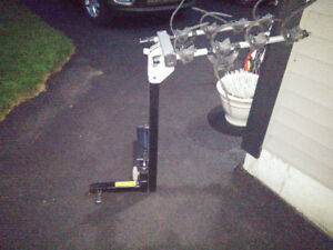Thule Revolver 4-bike swing away hitch rack