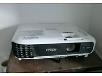 Epsom EB WO4 Projector