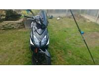 Kymco super 8 125 cc moped low mileage