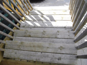 ASSEMBLED STAIRS - For 5' Porch