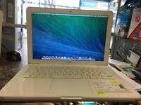 MacBook white 2010 core 2 duo 2.4. 2gb 250gb