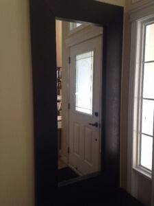 Large mirror + entrance bench