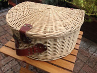 Wicker Effect Hamper
