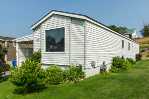 #37 4701 Pleasant Valley Road, Vernon - well kept modular home!