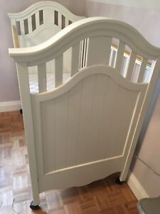 High end baby crib - made in Québec