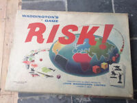 Board Game - Risk (Waddingtons)