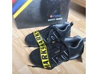 Woman's safety shoes size 4 new
