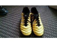 Adidas football boots/trainers