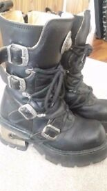 Women's New Rock Boots Size 7