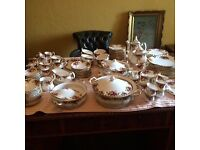 Royal Albert Old Country Roses 12 piece dinner set