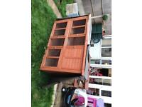 Rabbit / guinea pigs hutch, cover and run