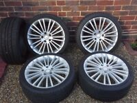 Set of Alloys wheels and tyres