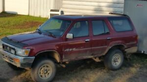 OLD 4X4 -RUSTY-GOOD ENGINE-GOOD FOR PARTS-GREAT TIRES