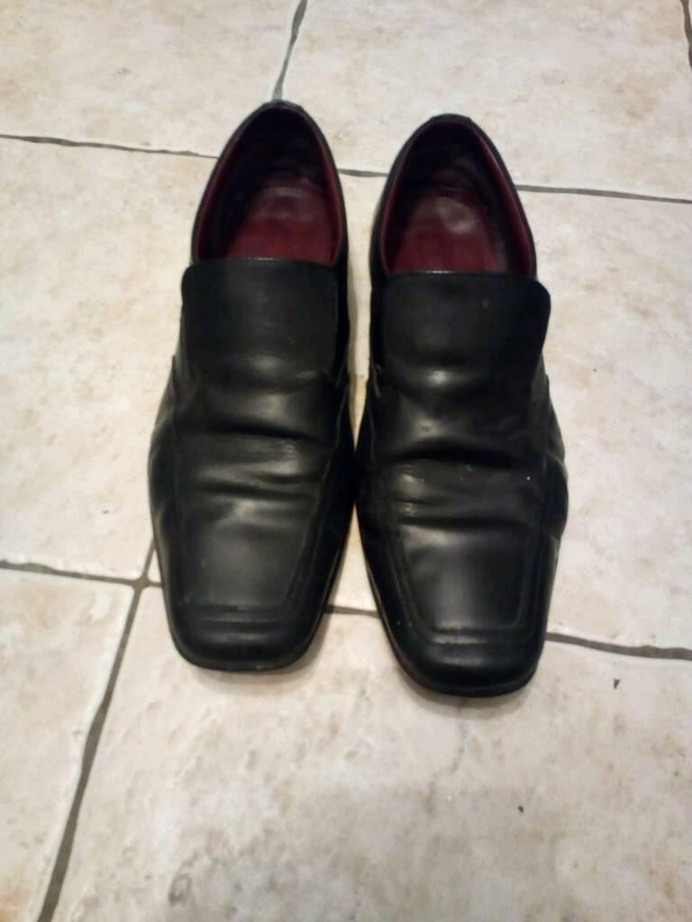 Black size ten shoes