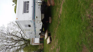 30 foot camper with slide out