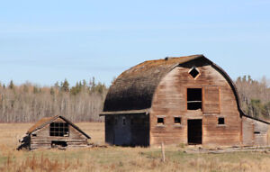 Barn Wood Wanted - Will Come and Disassemble Your Barns/Sheds