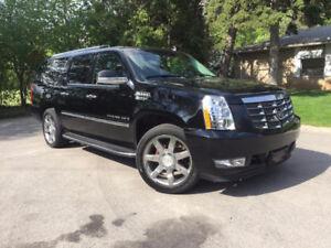 2008 Cadillac Escalade ESV Fully Loaded Navigation XL15800$O.B.O