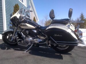 2008 Yamaha 1100 VStar Canadian Classic All Dressed