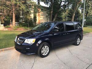 2013 Dodge Grand Caravan SE **95,000kms!!**
