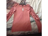 River island size 8 dark pink top