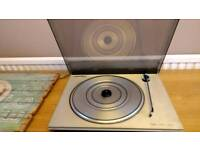 Bang and Olufsen Turntable. REDUCED