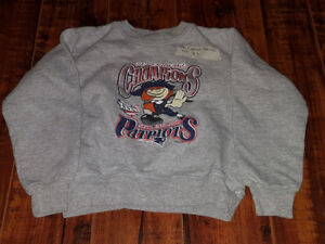 Size 4T New England Partriots sweat shirt