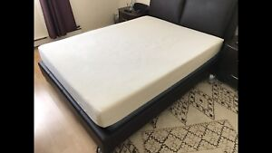 Memory foam bed / lit in perfect condition - delivery