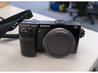 Great condition - Sony Nex 7 24.3MP with 18-50 lens 8592 actuations. First hand seller