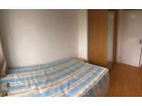 DOUBLE ROOM AVAILABLE in BRICKLANE on the 20th of August - E15PA