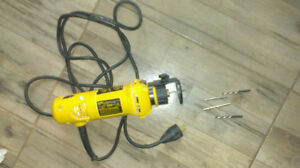 Scie DEWALT DW660 Cut-Out 5 Amp