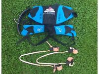 Windsurfing harness (seat style) and straps