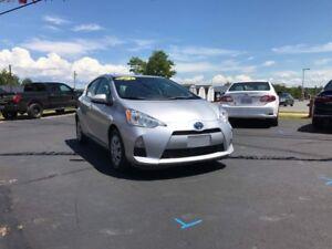 2014 Toyota Prius c Technology