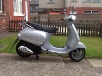 Vespa lx 125cc scooter, 07 reg may deliver