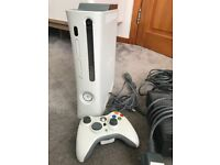 Fully working Xbox 360 with remote, wires and instructions