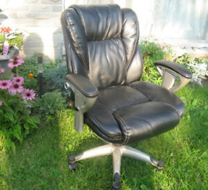 Large Black Bonded Leather Executive Office Chair
