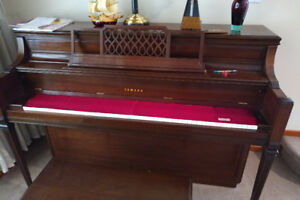 Excellent Condition Yamaha Upright Piano